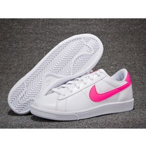 Nike Tennis Classic Hot Pink 8
